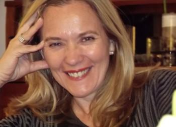 María E. Sarroca