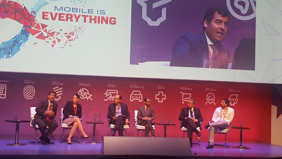 Pelayo Covarrubias, Presidente de País Digital expuso en MWC2016