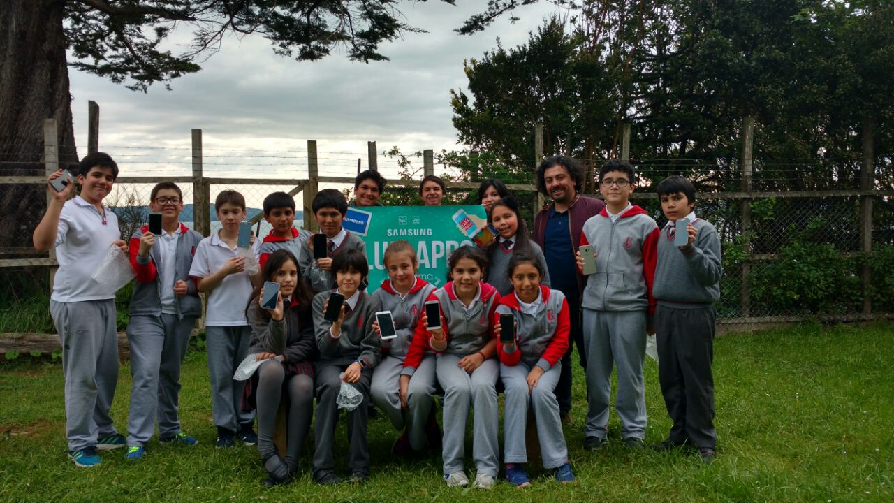 Fundación País Digital visita Club de Apps en Ancud