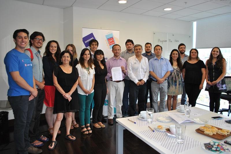 Se firma acuerdo de colaboración para apoyar la promoción y fomento de la Programación y el Pensamiento Computacional en los escolares en Chile