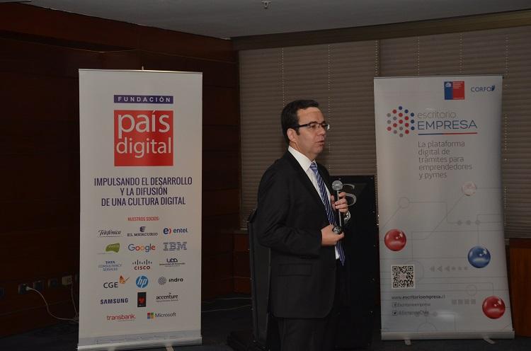 Ministro de Economía destaca el compromiso del Conservador de Bienes Raíces de Santiago con Escritorio Empresa en actividad organizada por Fundación País Digital