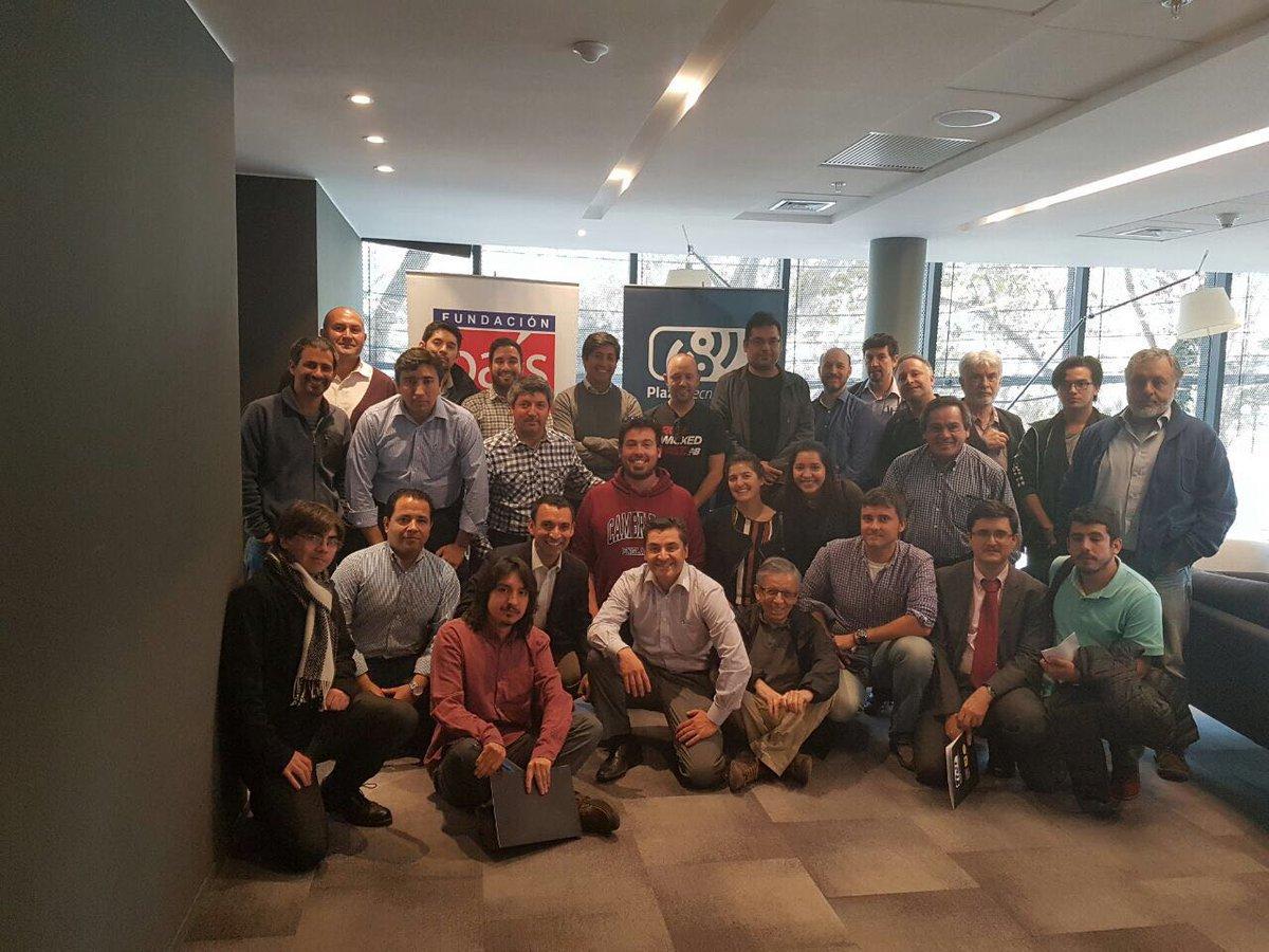 """Finaliza Ciclo de Capacitaciones gratuitas en Iot de la """"Plaza Tecnológica"""" de Fundación País Digital"""