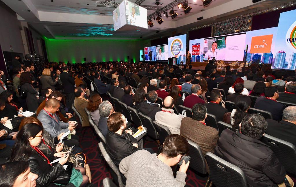 Candidatos presidenciales proponen avanzar en educación digital y desarrollo de capital humano