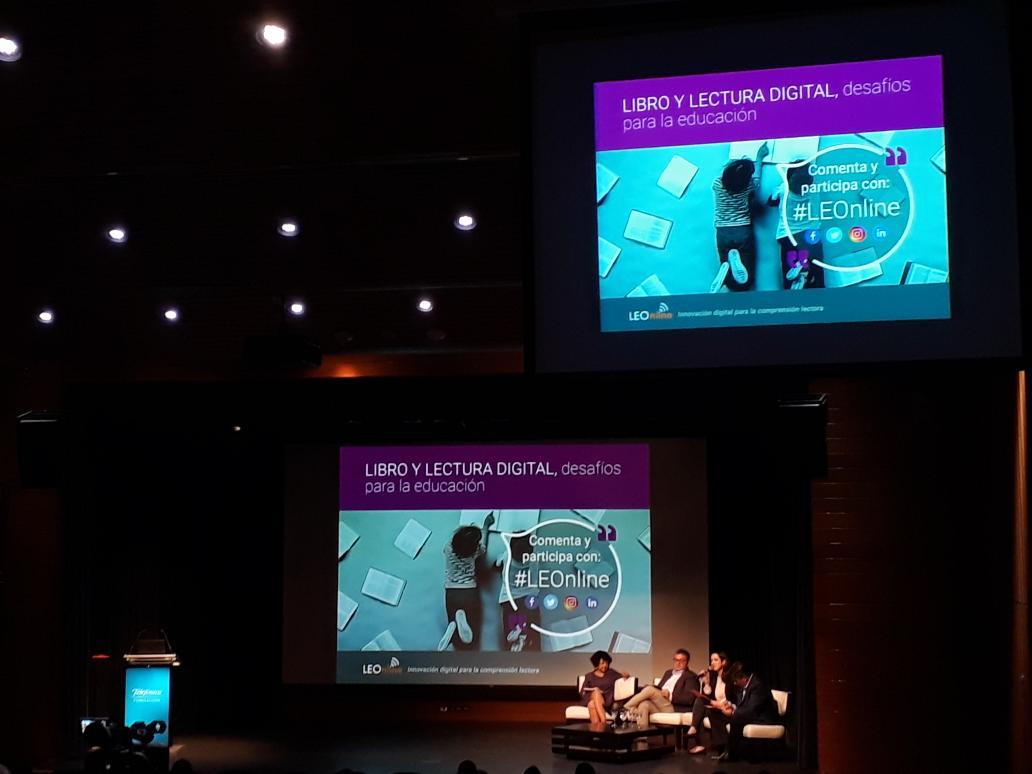 Directora de Educación participa en Seminario LEOnline que busca fomentar lectura digital en Chile