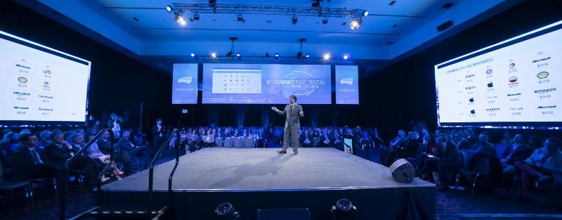 """Summit País Digital: """"Chile debe ser un país desarrollado en 2024"""""""