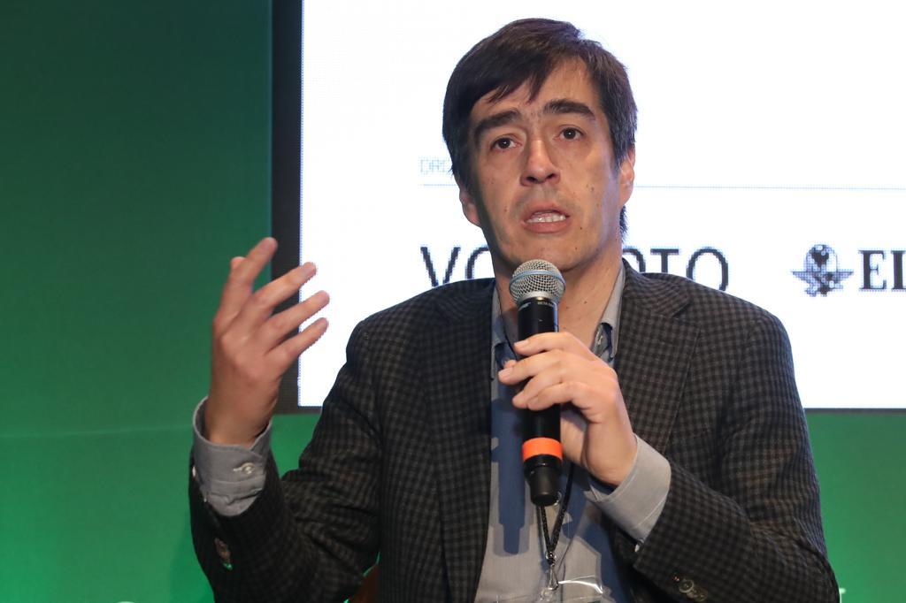 Juan Luis Núñez participa en I Foro Futuro en Español en México